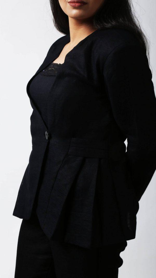 STOREAT44   Best Black & White Clothing Brand   51
