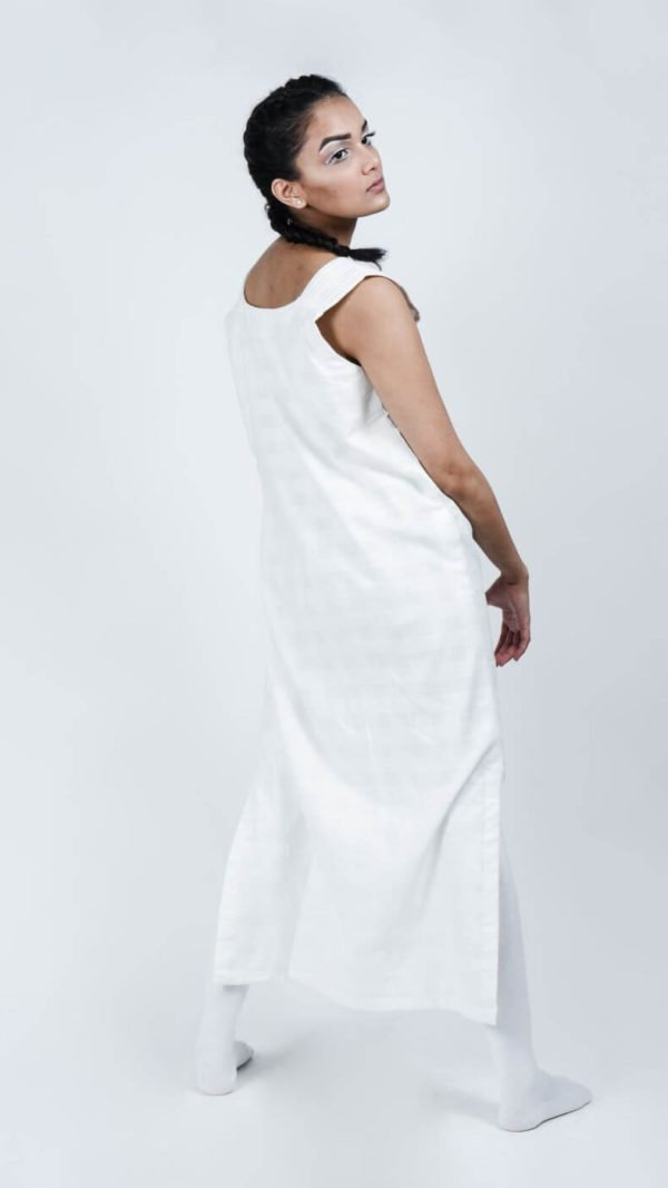 STOREAT44   Best Black & White Clothing Brand   39