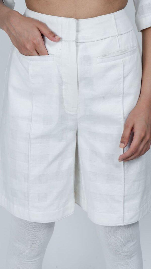 STOREAT44   Best Black & White Clothing Brand   73