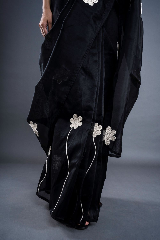 STOREAT44   Best Black & White Clothing Brand   6